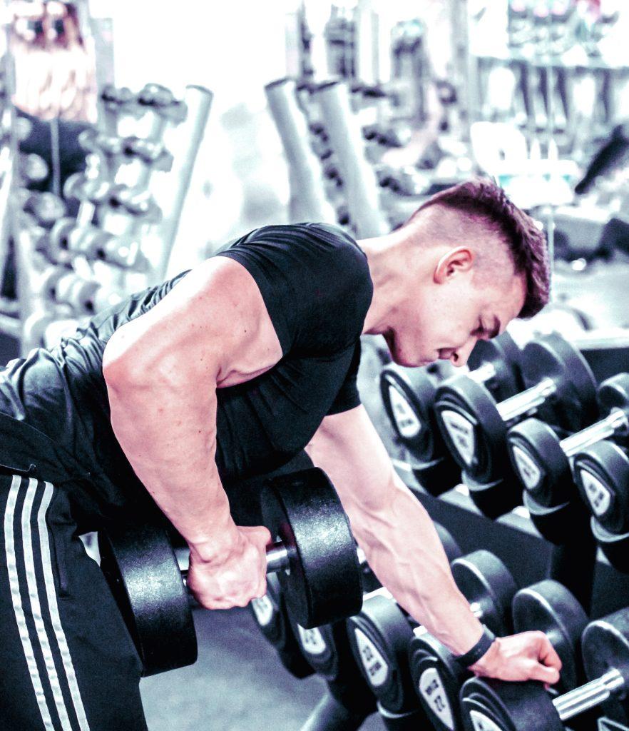 Ćwiczenie na masę - trening budujący masę mięśniową pleców