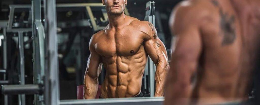 Trening FBW 5x5 to skuteczny plan dla osób początkujących, które chcą zbudować mięśnie.