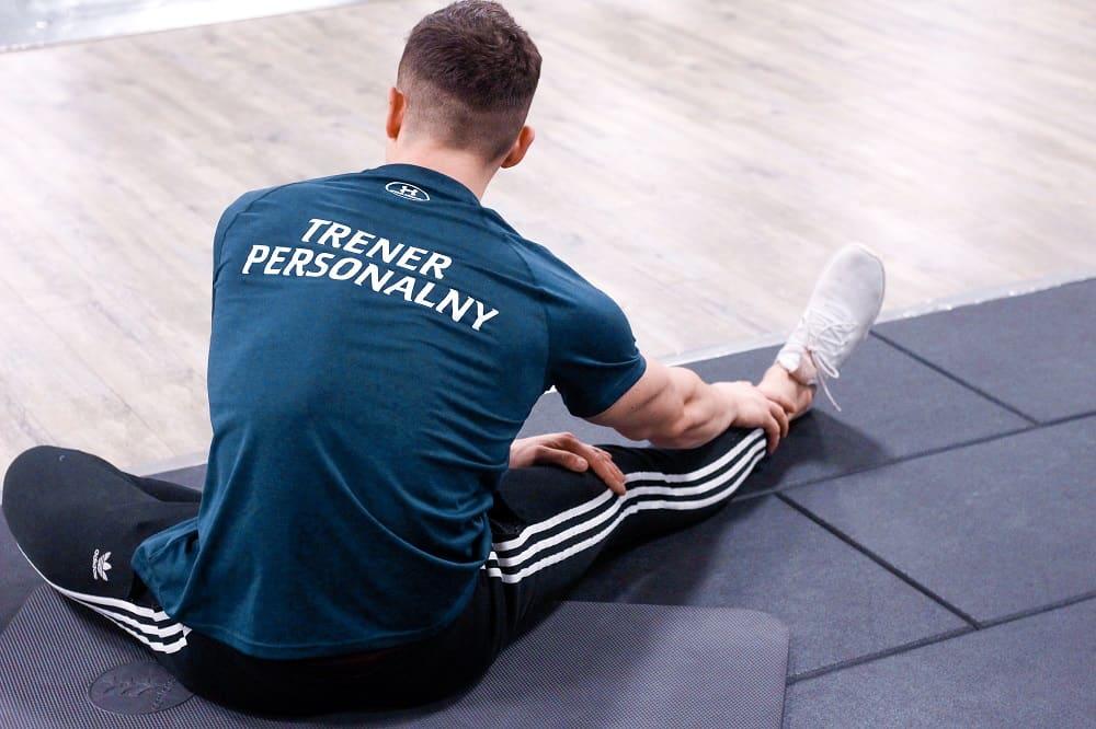 rozciąganie mięśni dwugłowych uda oraz grzebietu