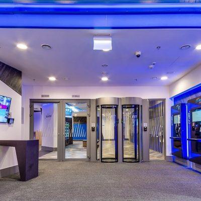 wejście na całodobową siłownie w centrum handlowym Sadyba best mall